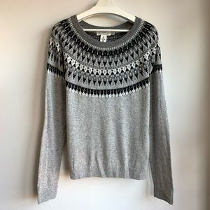 H&M gray black with silver accents sweater EUC